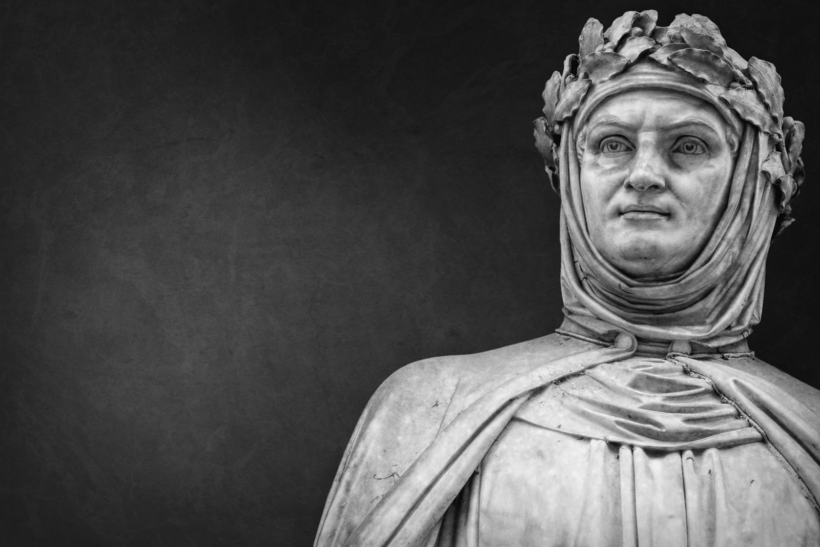 Skulptur des italienischen Dichters Giovanni Boccaccio