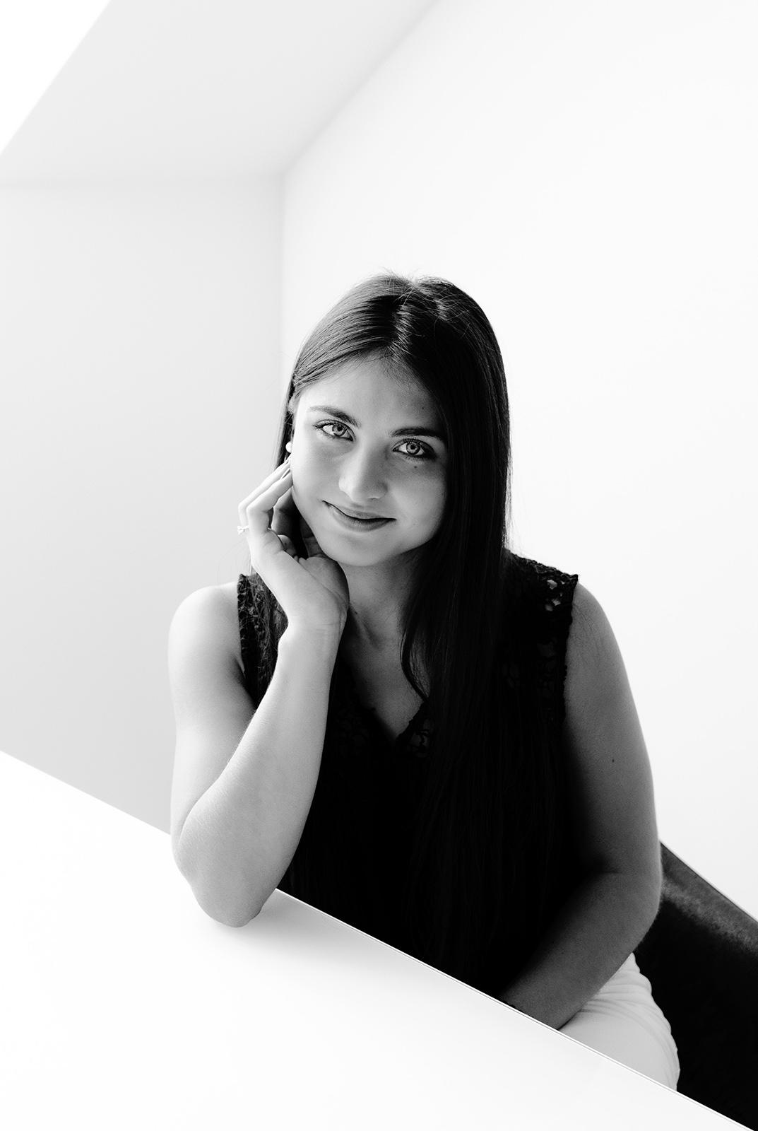Portrait der Conversory Mitarbeiterin Luisa Bozorov