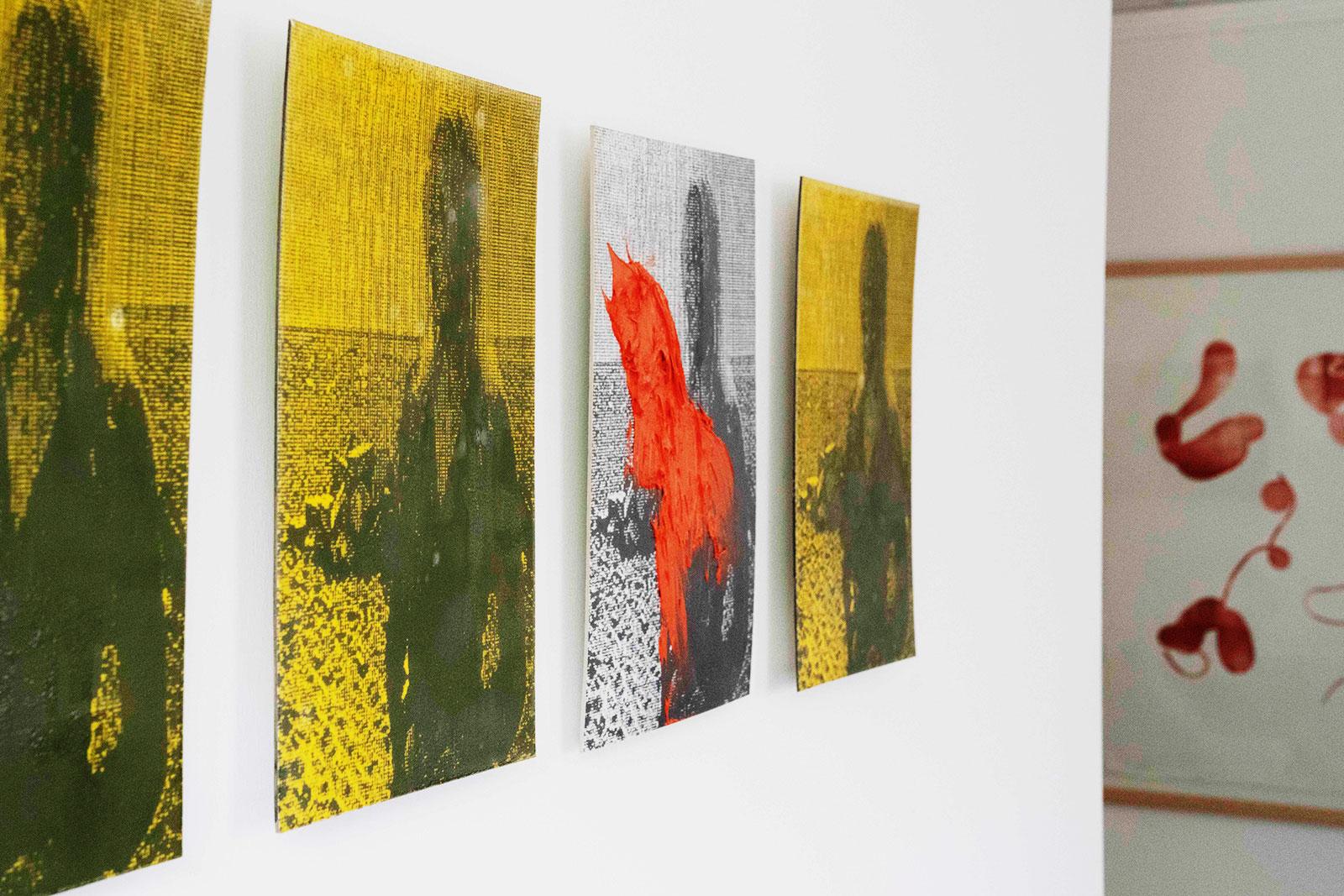 Vier Bilder an der Wand in Anwaltskanzlei Lindner & Rock