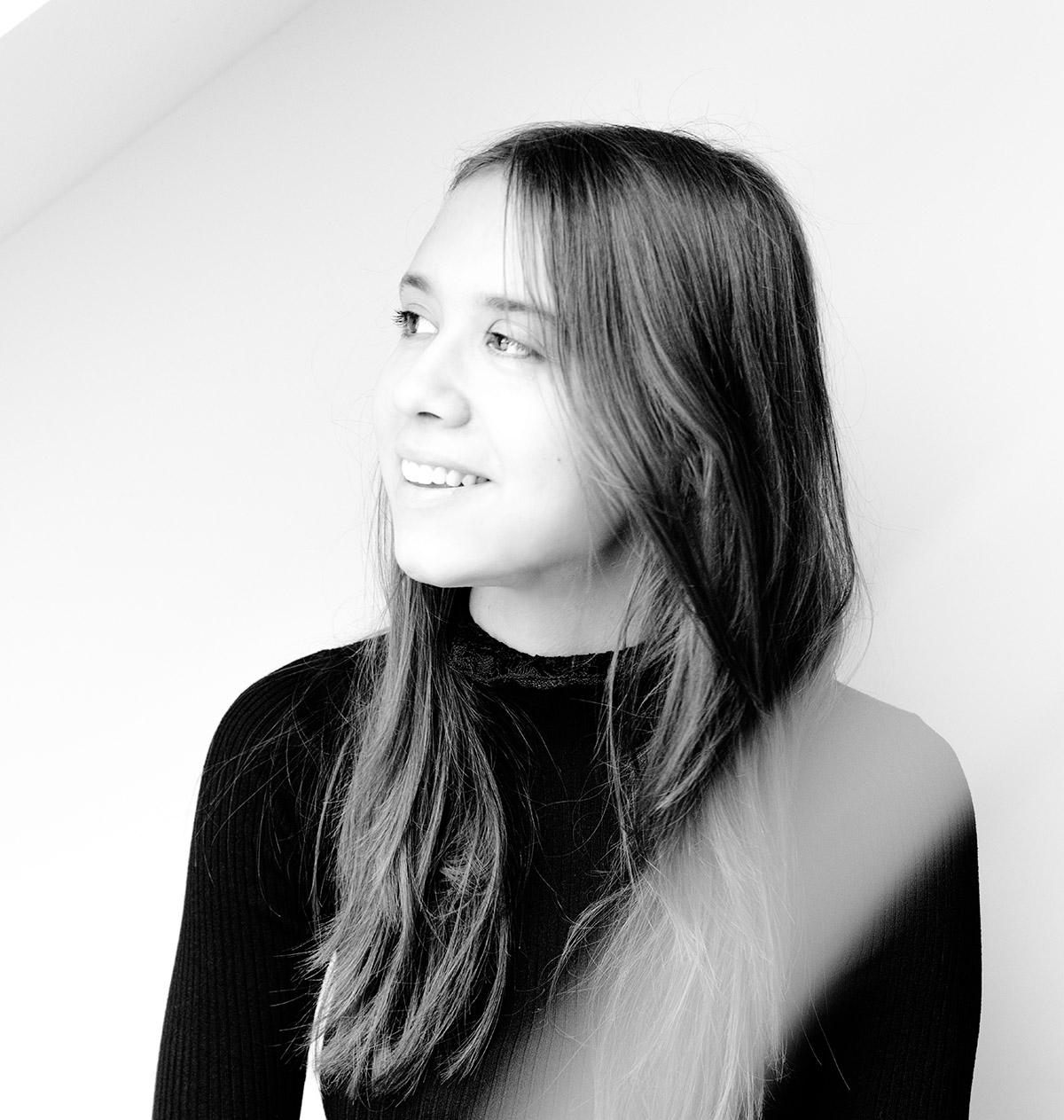 Portrait der Conversory Mitarbeiterin Serena Schmidt