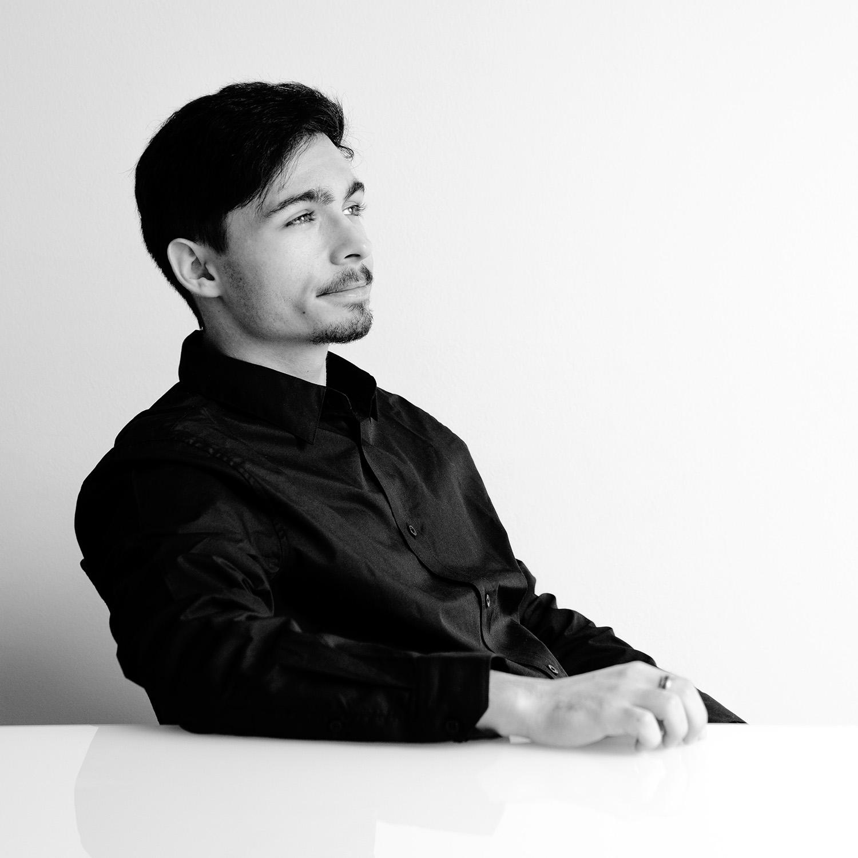 Portrait des Conversory Mitarbeiters Sebastian Toporsch
